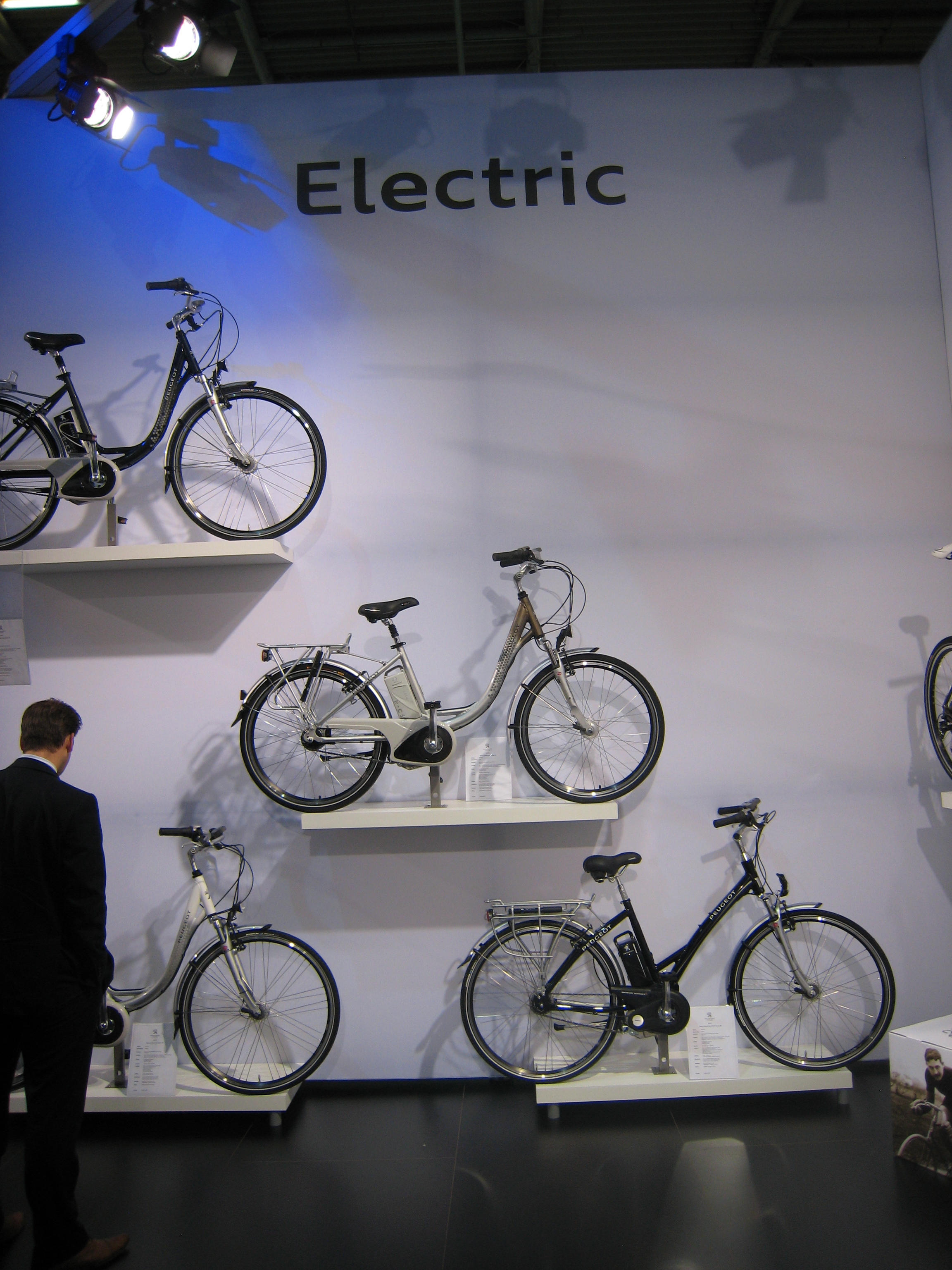 bike expo designing the cycling trends of the future. Black Bedroom Furniture Sets. Home Design Ideas