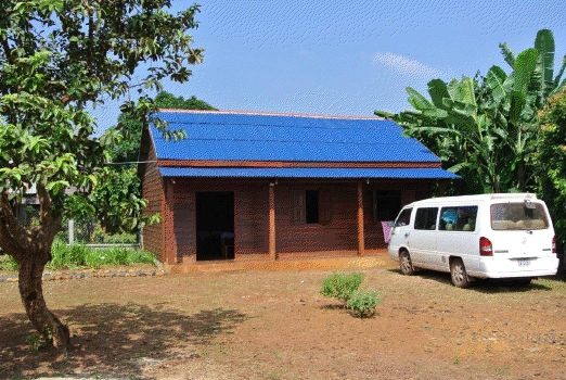 The building in which the school could be set up, and classes could start in Octorber 2013