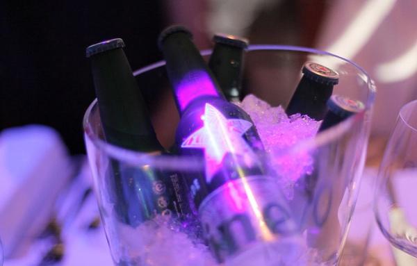 La bouteille STR (image via thefwa.com)